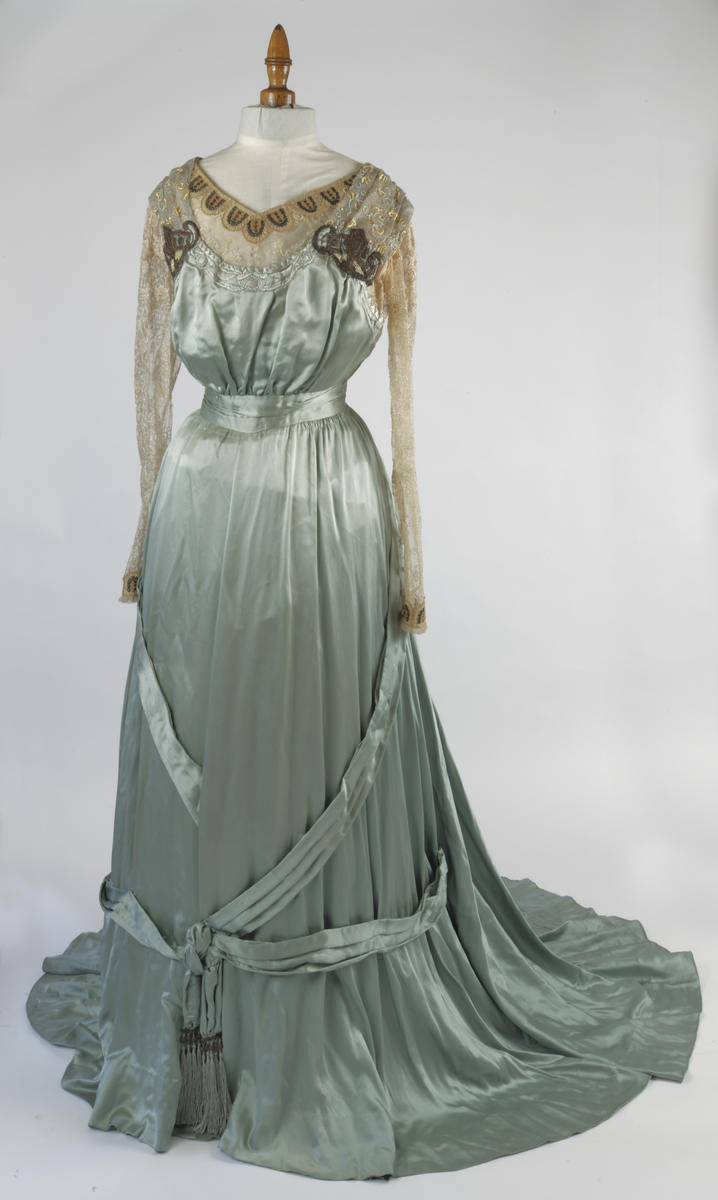 Evening Dress (Debut Gown) | The Frick Pittsburgh